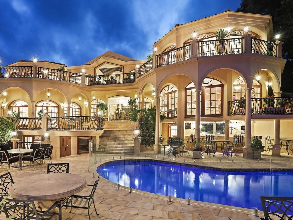 Astra Luxury Unique Global Mansions